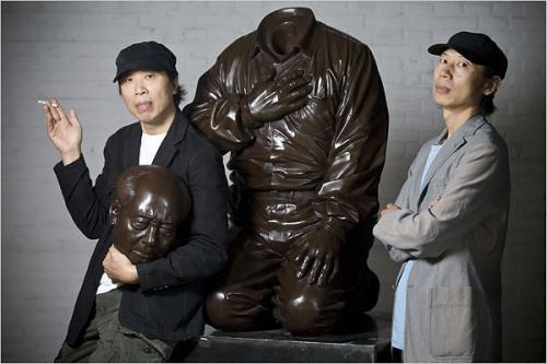 gao brothers statua testa